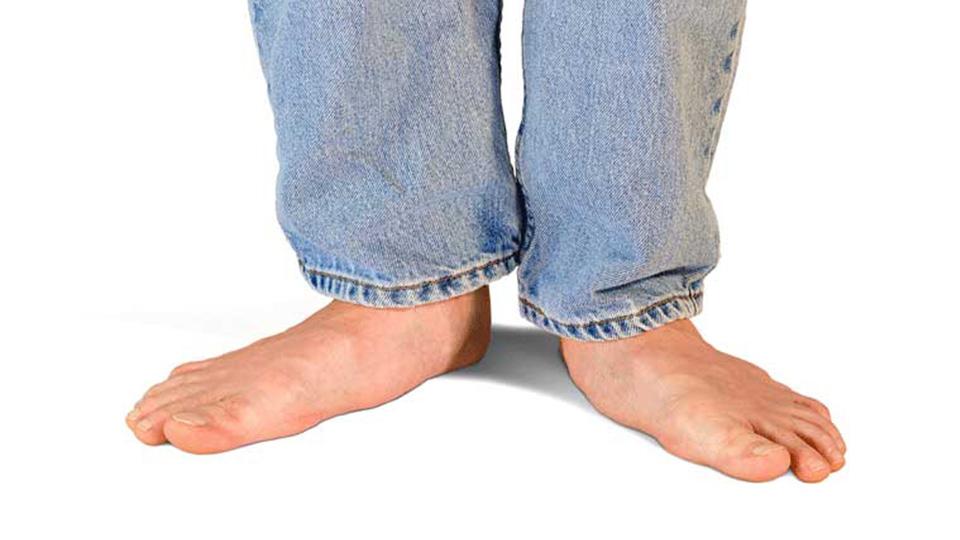 همه چیز درباره کفش مناسب برای کف پای صاف